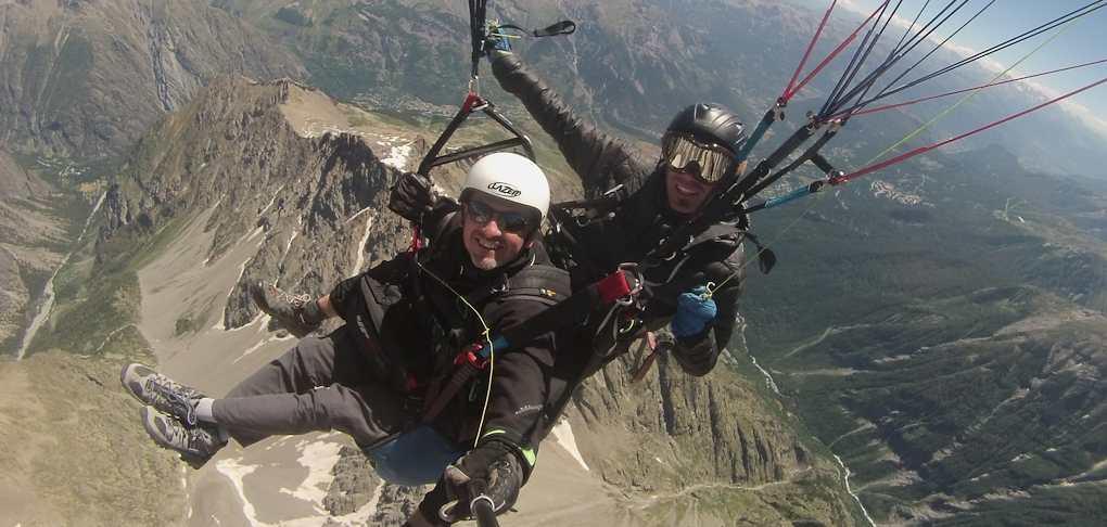 paragliding tandem flight Briancon Serre Chevalier